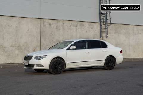 Raptor U-Pol Skoda Superb Белый